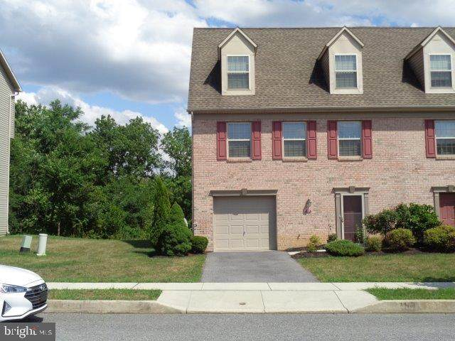 27 Brook Side Drive, CARLISLE, PA 17013 (#PACB126394) :: LoCoMusings