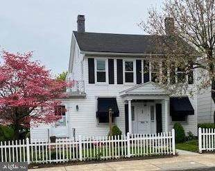 1013 N George Street, YORK, PA 17404 (#PAYK142918) :: ExecuHome Realty