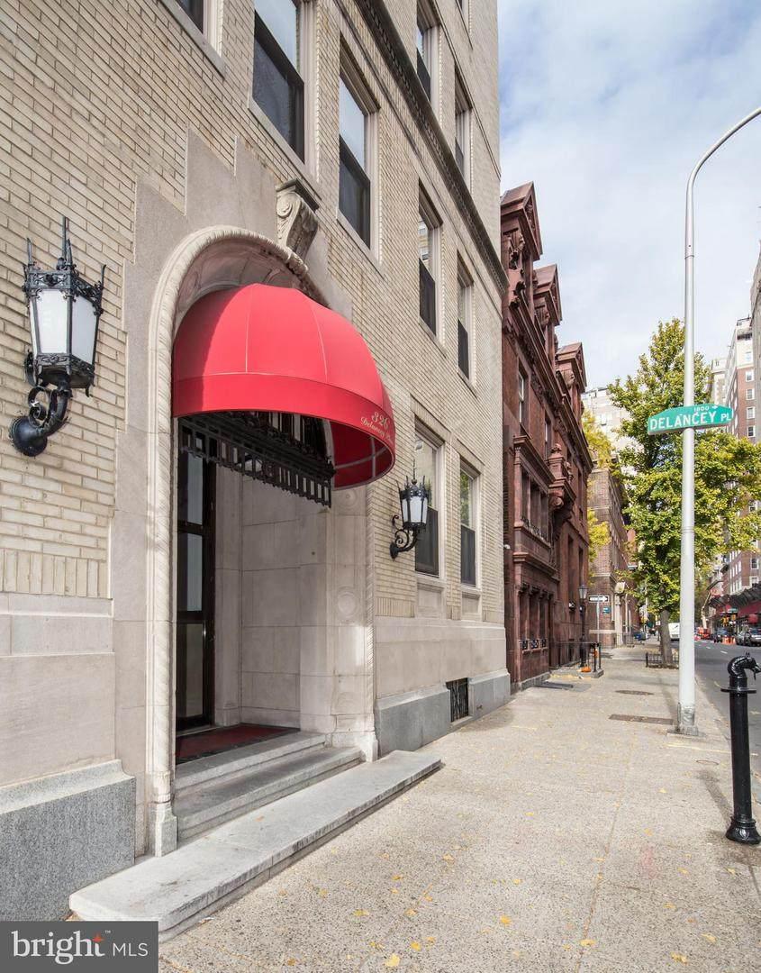 326 19TH Street - Photo 1