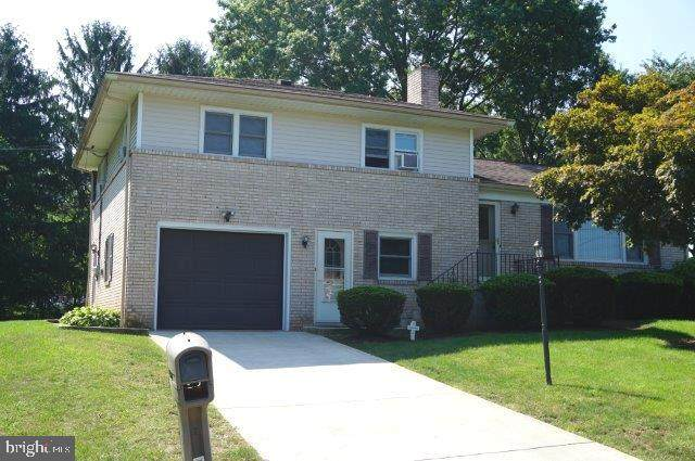 2410 Emerald Avenue, YORK, PA 17408 (#PAYK143026) :: ExecuHome Realty