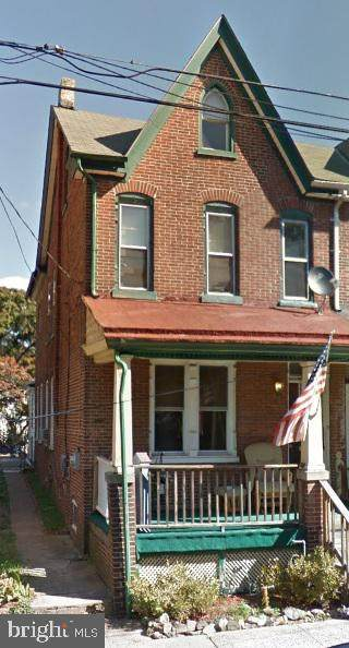 9 W 2ND Street, POTTSTOWN, PA 19464 (#PAMC659244) :: The Dailey Group