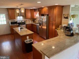 3804 Old Washington Road, WALDORF, MD 20602 (#MDCH216404) :: Corner House Realty