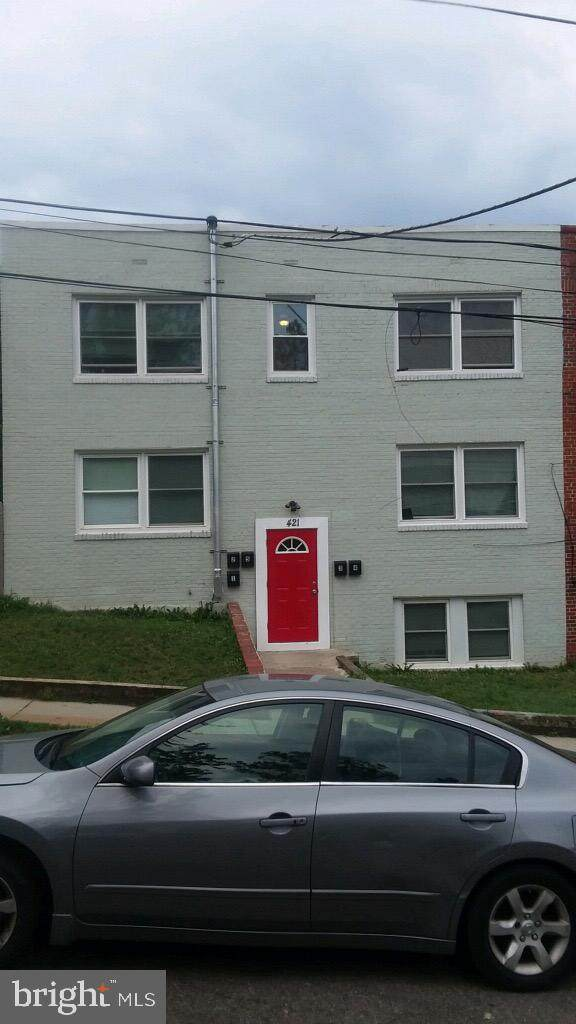 421 Burbank Street SE, WASHINGTON, DC 20019 (#DCDC481854) :: LoCoMusings