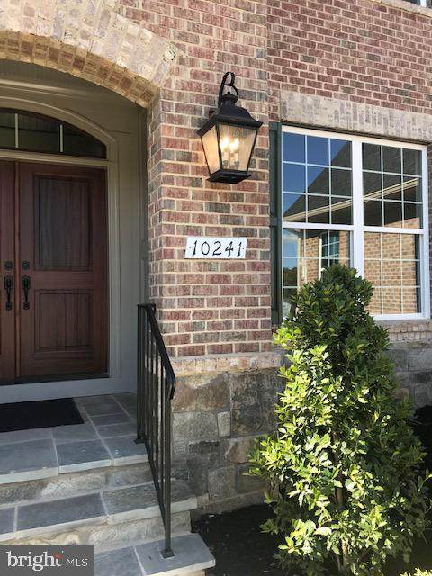 10241 Forest Lake Drive, GREAT FALLS, VA 22066 (#VAFX1148968) :: Debbie Dogrul Associates - Long and Foster Real Estate