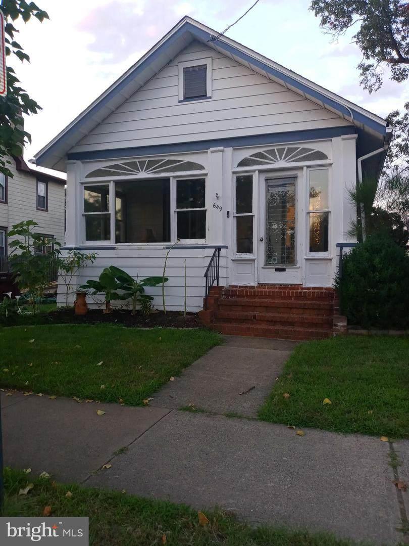 649 Bridgeboro Street - Photo 1