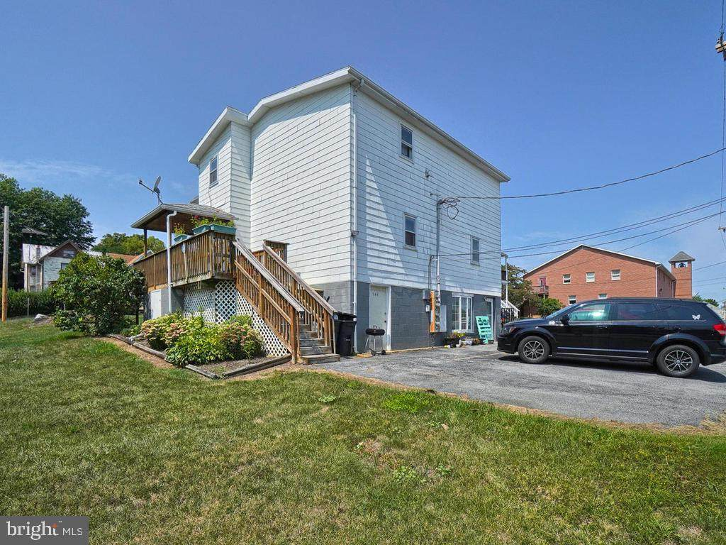 544 Ridge Avenue - Photo 1