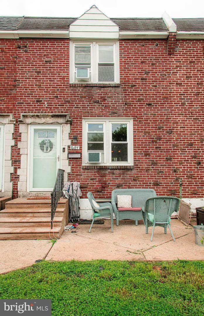 684 Rively Avenue - Photo 1