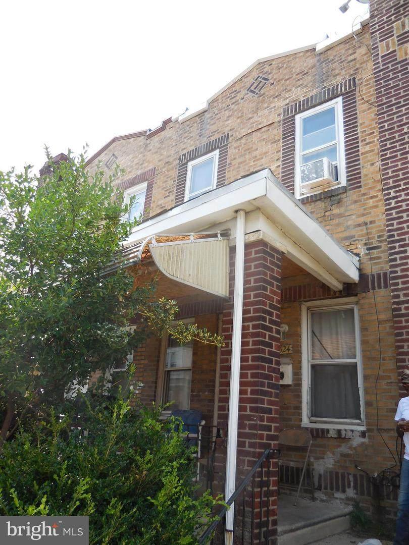 1524 31ST Street - Photo 1