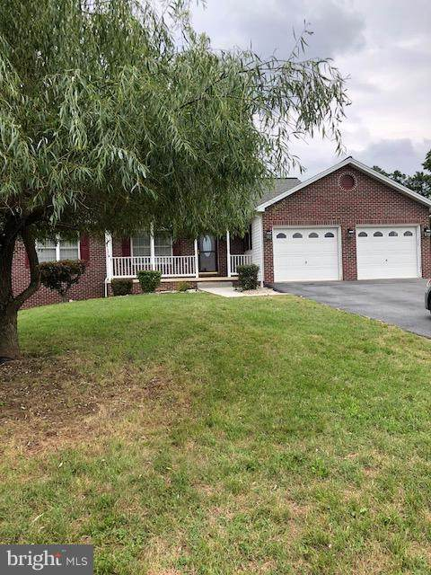 3882 Mountain Shadow Circle, FAYETTEVILLE, PA 17222 (#PAFL174856) :: Great Falls Great Homes