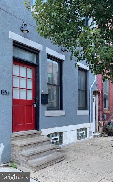 1234 Mascher Street - Photo 1