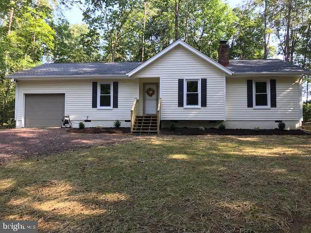 203 Stratford Cir, LOCUST GROVE, VA 22508 (#VAOR137424) :: Larson Fine Properties