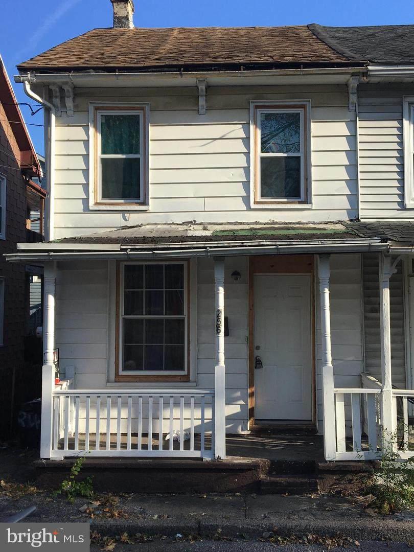 256 Ridge Street - Photo 1