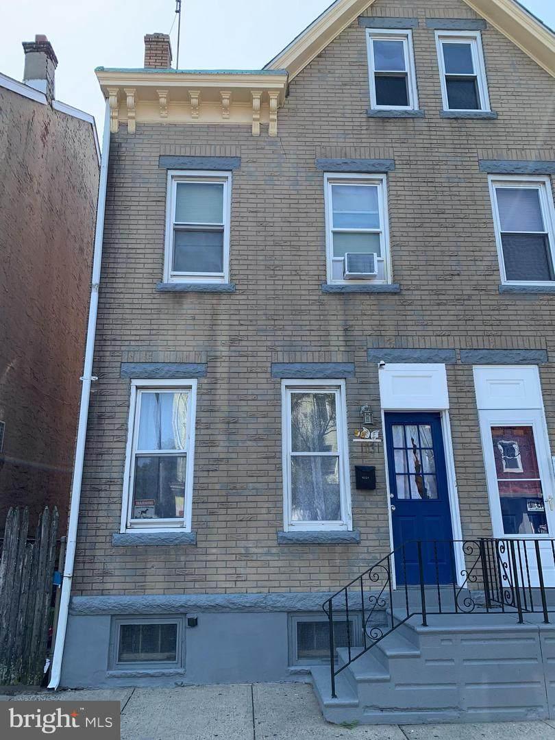 1031 Broad Street - Photo 1