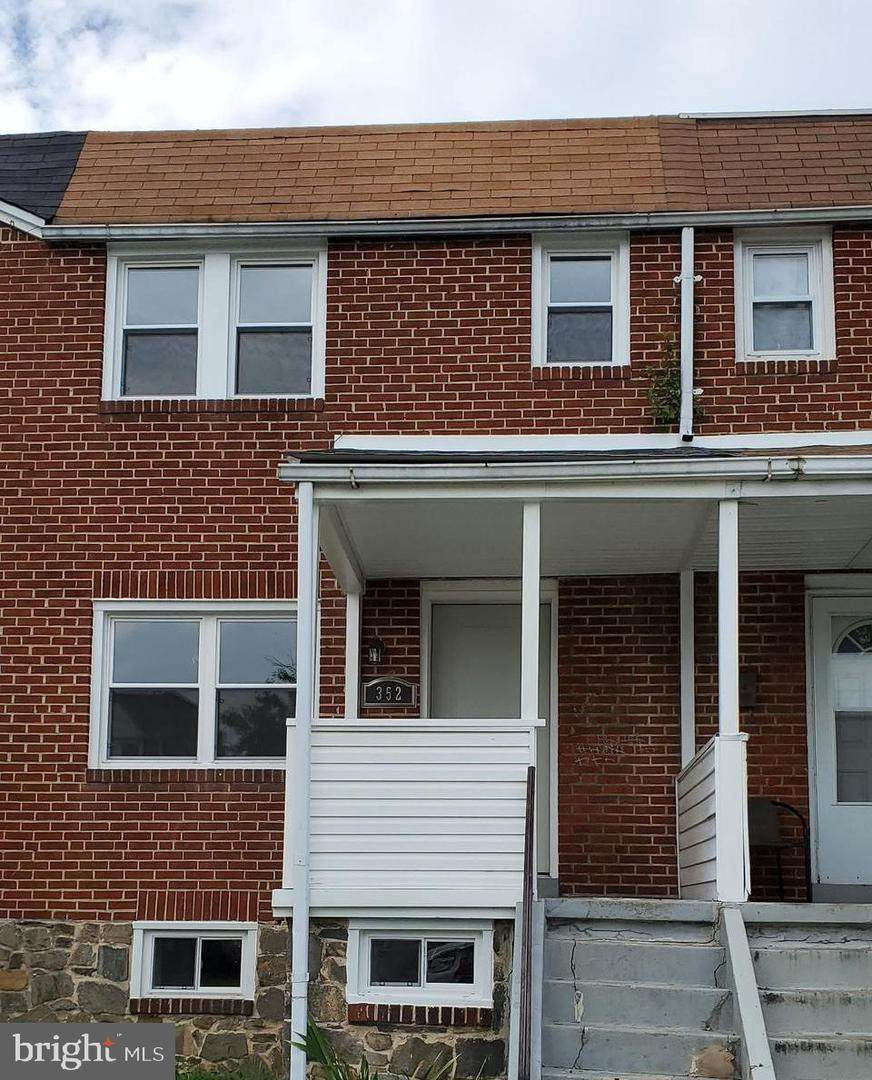 352 Magnolia Terrace - Photo 1