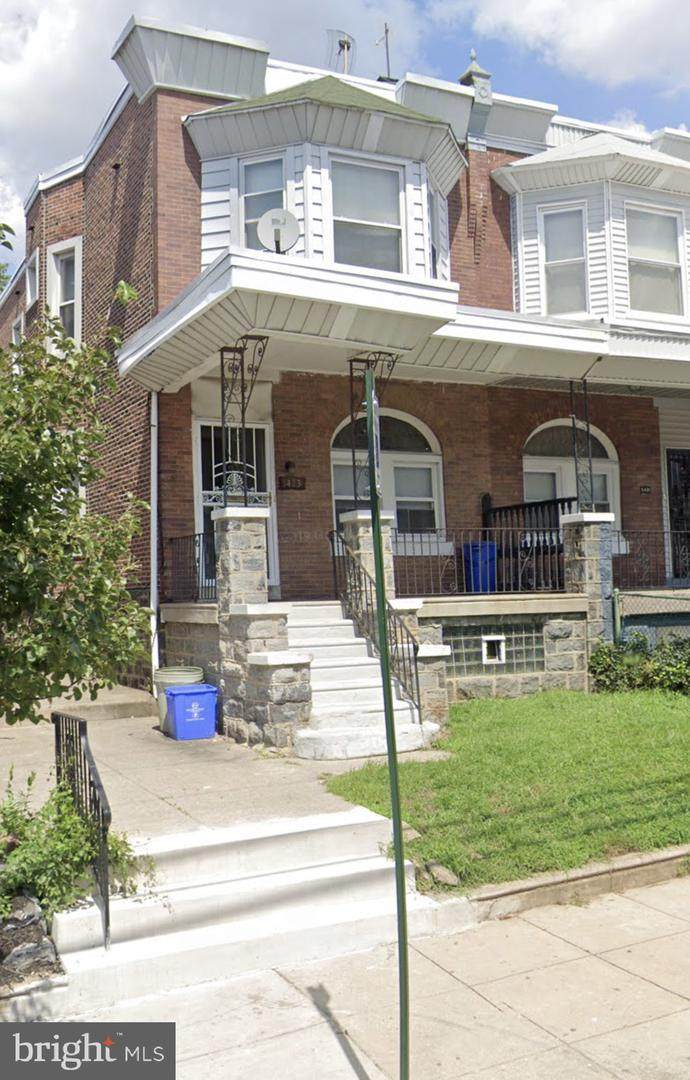5423 Catharine Street - Photo 1