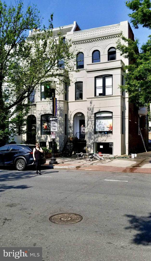 1608-1608 17TH Street - Photo 1