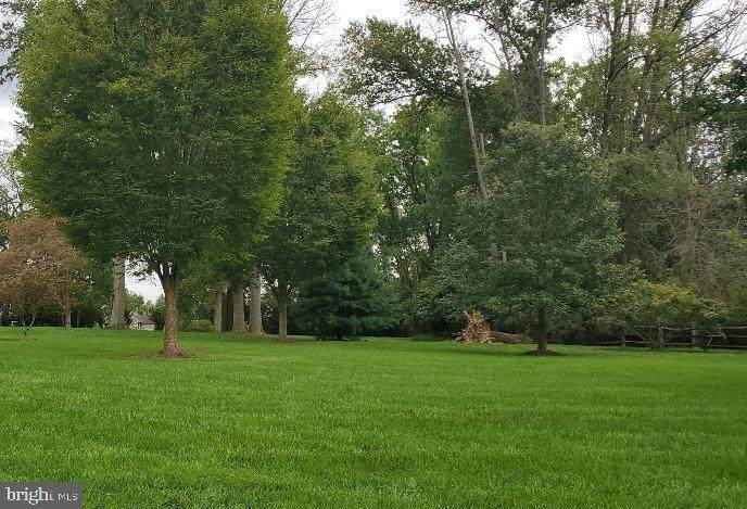 6 Hedgerow Place - Photo 1