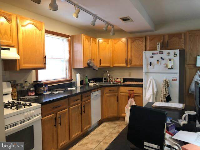 1324-28 W Nedro Avenue, PHILADELPHIA, PA 19141 (#PAPH936426) :: Certificate Homes