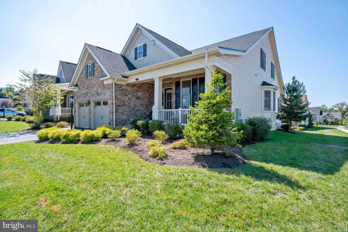 6047 Bowes Creek Place - Photo 1