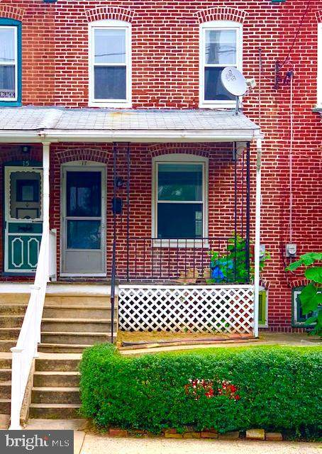 17 W 6TH Avenue, COATESVILLE, PA 19320 (#PACT516658) :: The Team Sordelet Realty Group