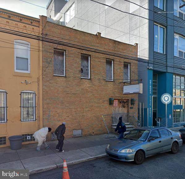 1830-32 Somerset Street - Photo 1
