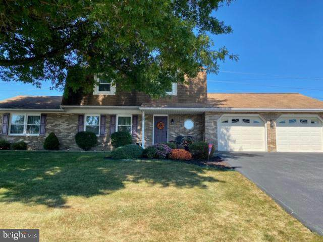 19 N Seasons Drive, DILLSBURG, PA 17019 (#PAYK145820) :: The Heather Neidlinger Team With Berkshire Hathaway HomeServices Homesale Realty