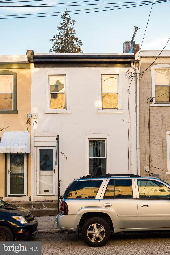 4852 Ogle Street - Photo 1