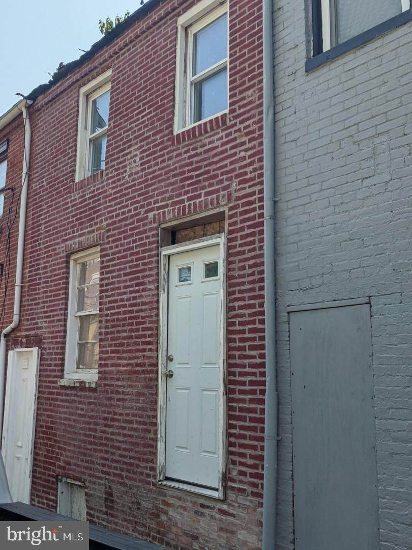 1035 Boyd Street - Photo 1