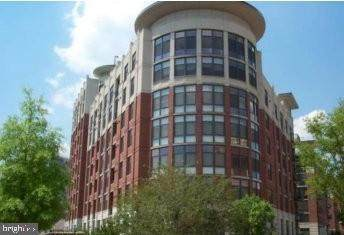 1021 N Garfield Street #620, ARLINGTON, VA 22201 (#VAAR170200) :: Advon Group