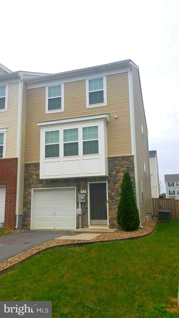 42 Ventura Way, HEDGESVILLE, WV 25427 (#WVBE180662) :: Team Caropreso