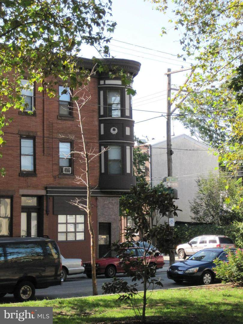1600 4TH Street - Photo 1