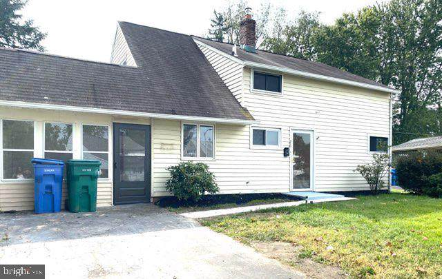 26 Ice Pond Road, LEVITTOWN, PA 19057 (#PABU507950) :: Linda Dale Real Estate Experts