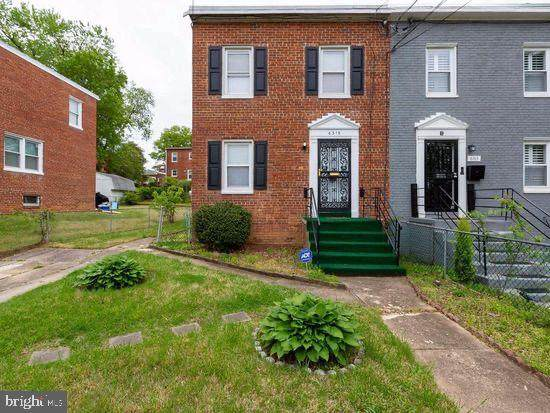 6315 Morocco Street, CAPITOL HEIGHTS, MD 20743 (#MDPG582610) :: Bruce & Tanya and Associates