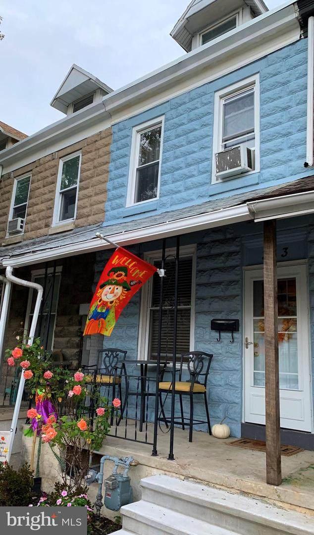 313 Spruce Street, WEST READING, PA 19611 (#PABK364804) :: LoCoMusings