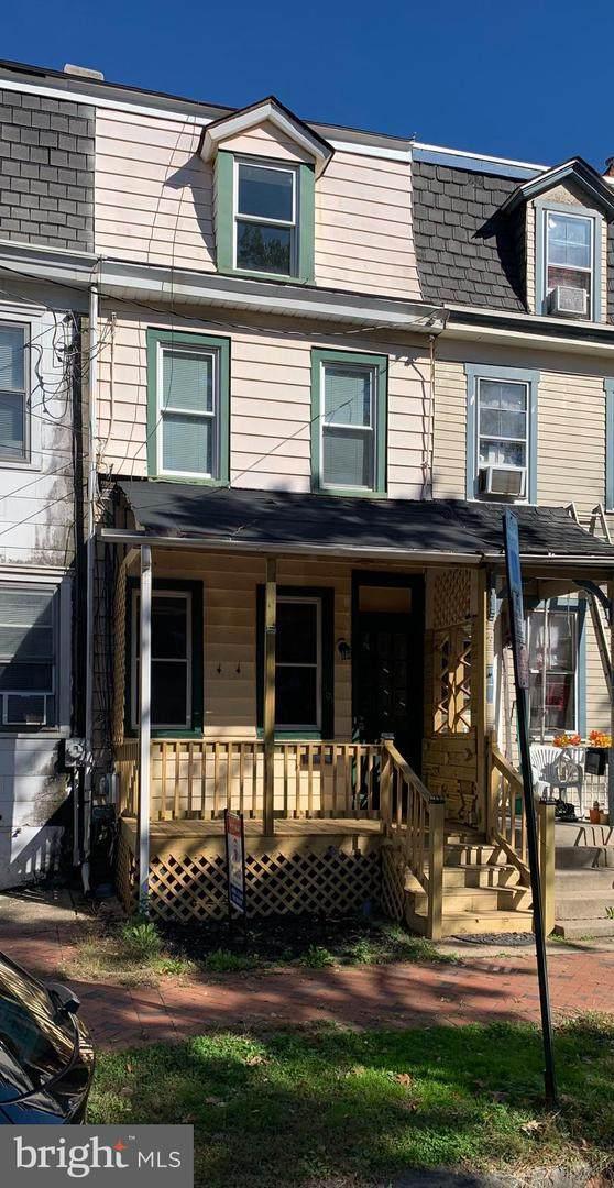 461 Locust Avenue - Photo 1