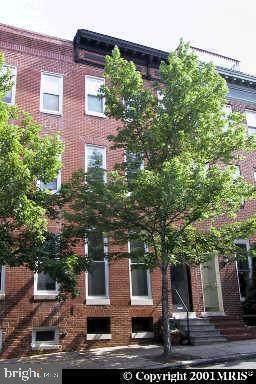 2120 Lombard Street - Photo 1