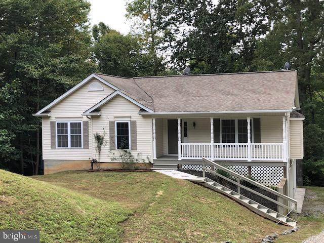 217 Federalist Way, MONTROSS, VA 22520 (#VAWE117204) :: Jennifer Mack Properties