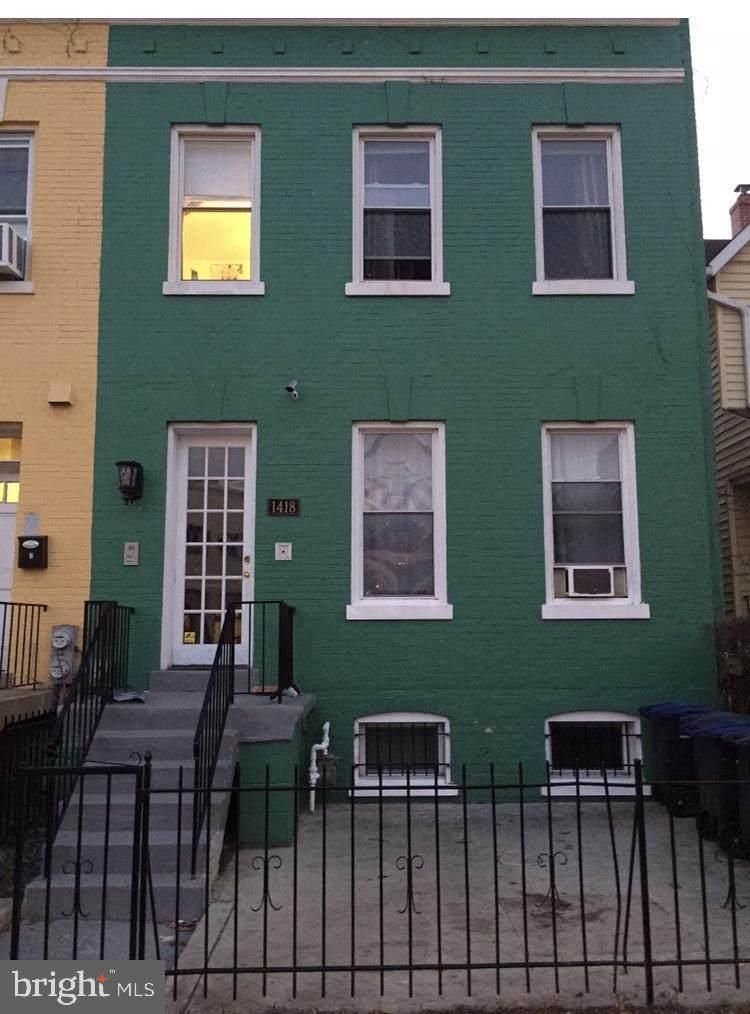 1418 Newton Street - Photo 1