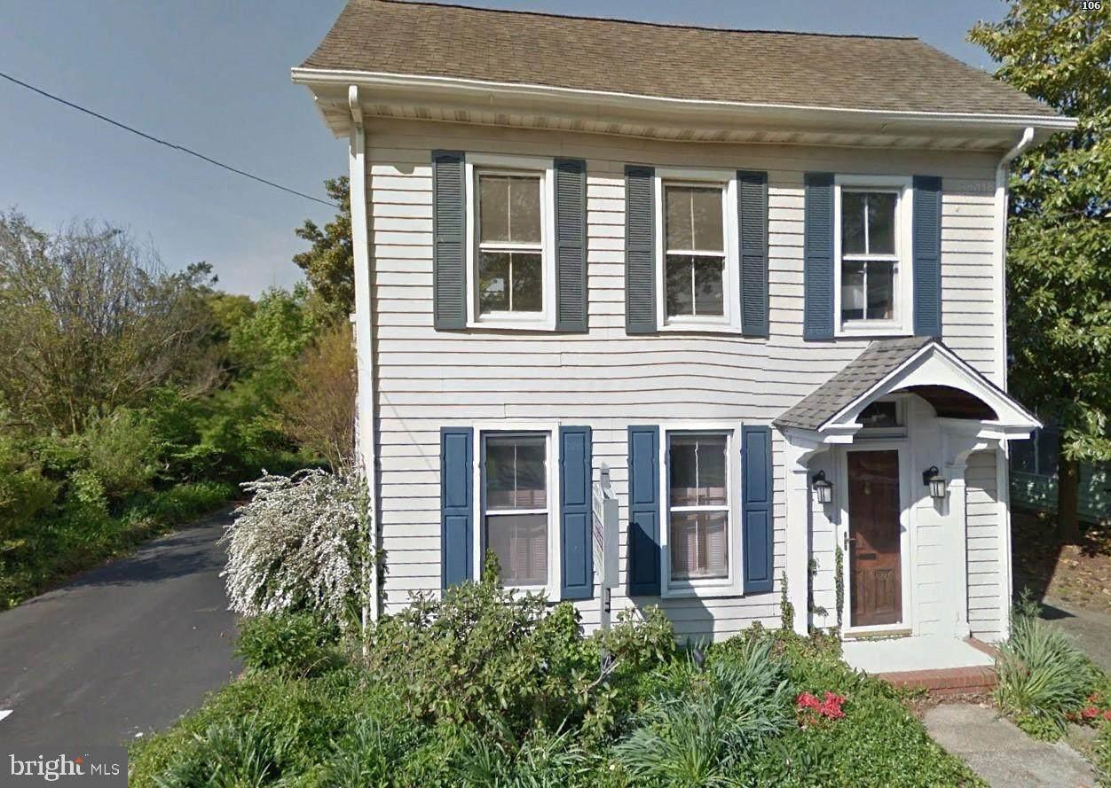 107 Bedford Street - Photo 1
