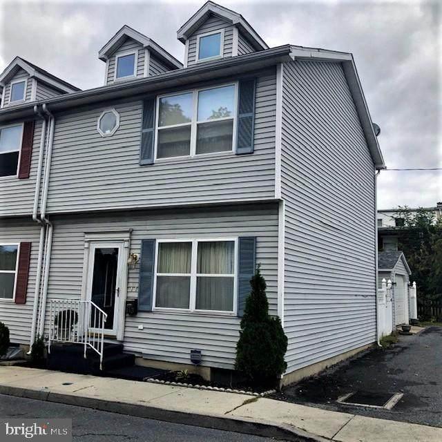 143 N Linden Street, HARRISBURG, PA 17103 (#PADA126534) :: The Joy Daniels Real Estate Group