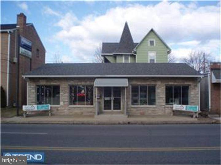 223 Chester Pike - Photo 1