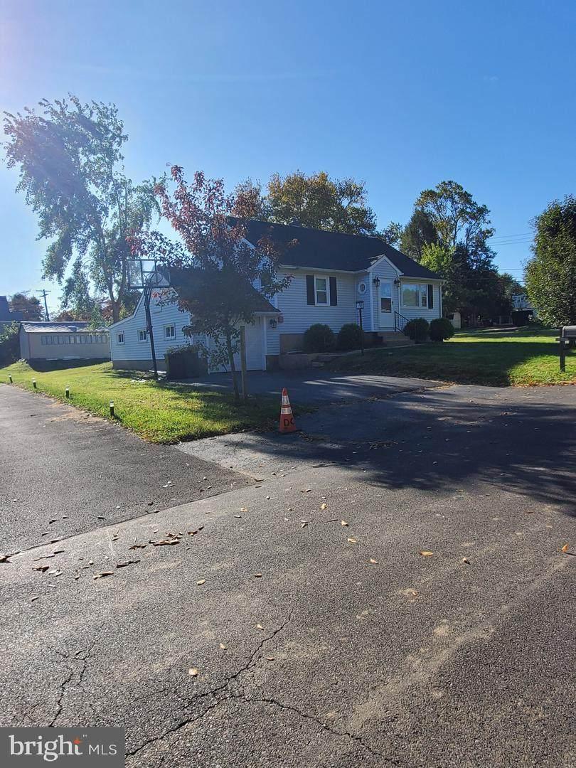 505 Feaster Avenue - Photo 1