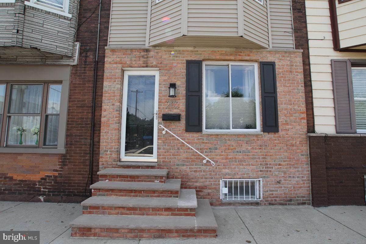 202 Jackson Street - Photo 1