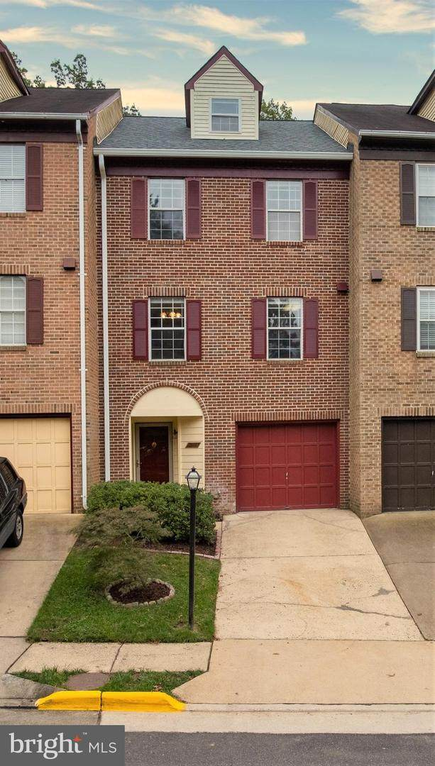 6049 Heatherwood Drive, ALEXANDRIA, VA 22310 (#VAFX1160888) :: AJ Team Realty