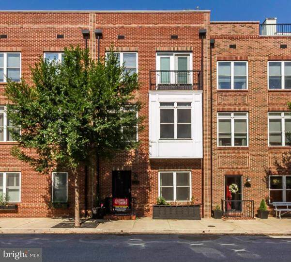 1403 Benjamin Street - Photo 1