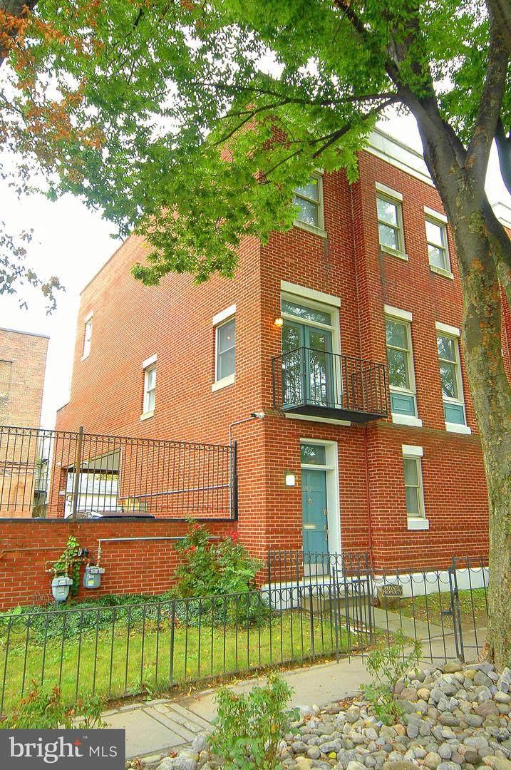 1831 Lancaster Street - Photo 1