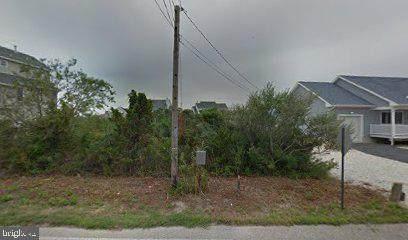 1305 Laurel Blvd., FORKED RIVER, NJ 08731 (#NJOC404068) :: Blackwell Real Estate