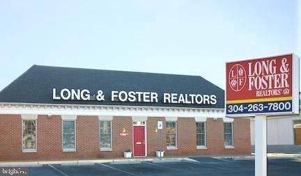 976 Foxcroft Avenue - Photo 1