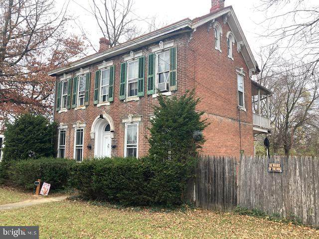 533 S Hanover Street, CARLISLE, PA 17013 (#PACB128932) :: The Joy Daniels Real Estate Group