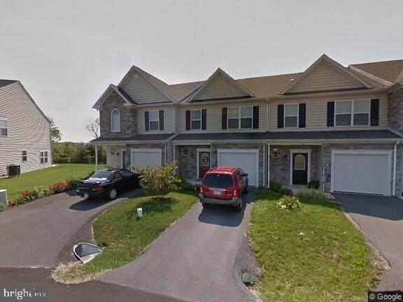 1252 Emilys Court, GREENCASTLE, PA 17225 (#PAFL175886) :: SURE Sales Group